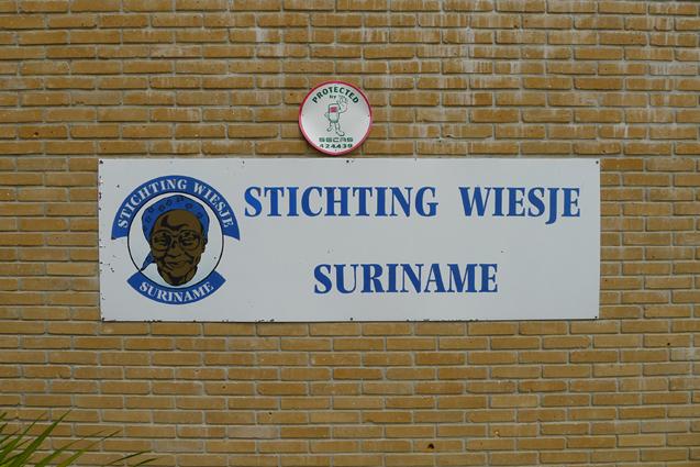 24/7 Dementia care in Paramaribo, Suriname