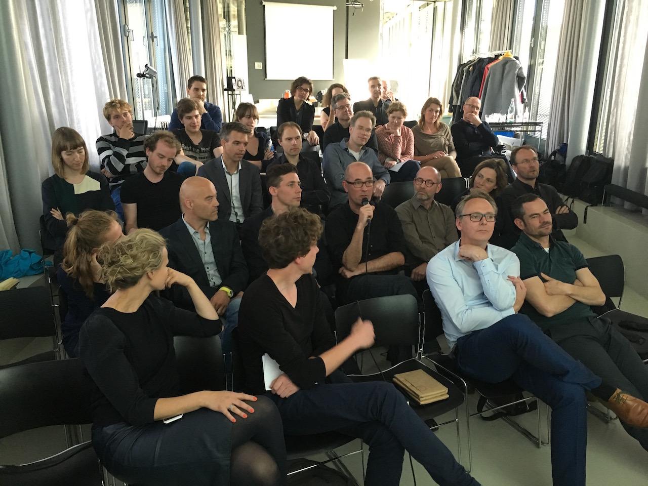 Minisymposium op 19 mei: 'ontwerpen voor de zintuigen' in Het Nieuwe Instituut, Rotterdam. Gemodereerd door Henri Snel (Dutch)
